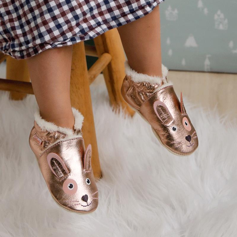Chaussures bébé et chaussons fourrés