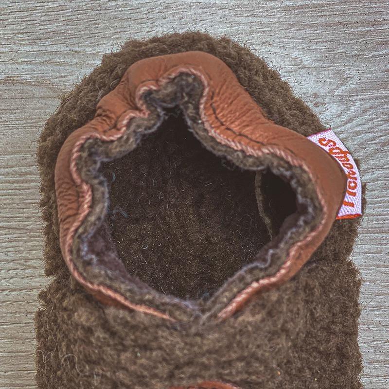 chaussons-bebe-cuir-souple-bouclettes-gris-semelle