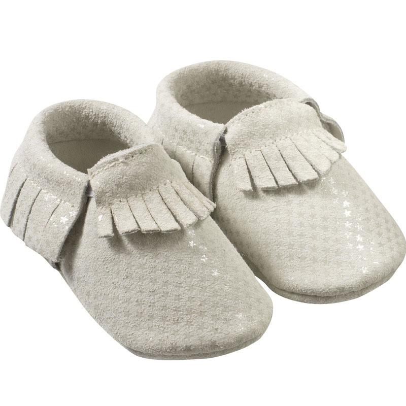 Chaussons-bebe-cuir-souple-franges-etoiles-profil