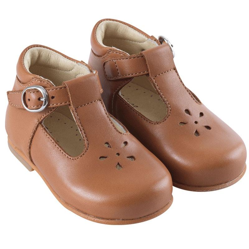 chaussures-premiers-pas-vicky-cognac-face