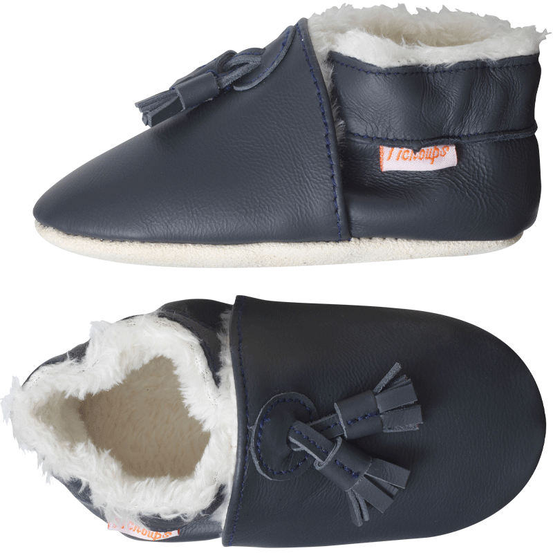 Chaussons-cuir-couple-uni-pampilles-fourres-marine-profil