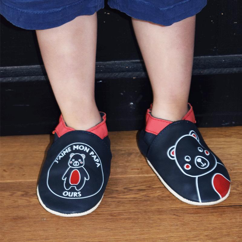 chaussons-bebe-cuir-souple-j-aime-mon-papa-ours-porte