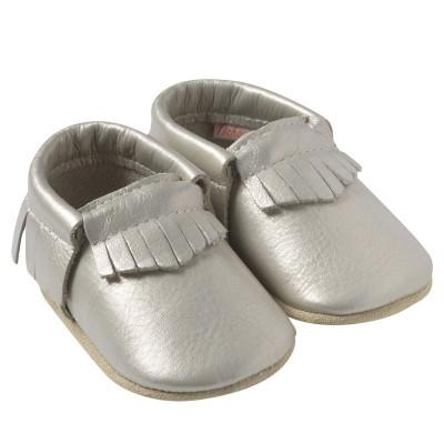 Chaussons-bebe-cuir-souple-franges-gris-metallique-profil