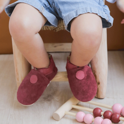 Chaussons-velours-framboise-face
