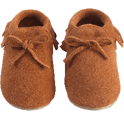 chaussons-bebe-a-franges-fourres--mocassin-camel-face